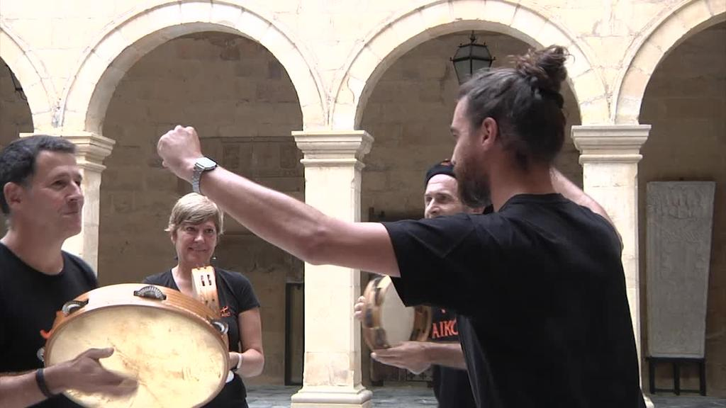 Aikok dantza ikastaroak eta erromeriak eskeiniko ditu Bilboko Euskal Museoan urritik ekainera