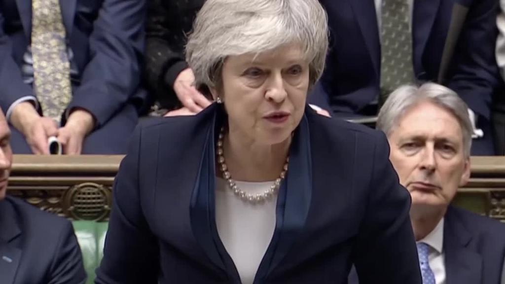 Theresa Mayren Brexiterako akordioa atzera bota du parlamentu britainiarrak