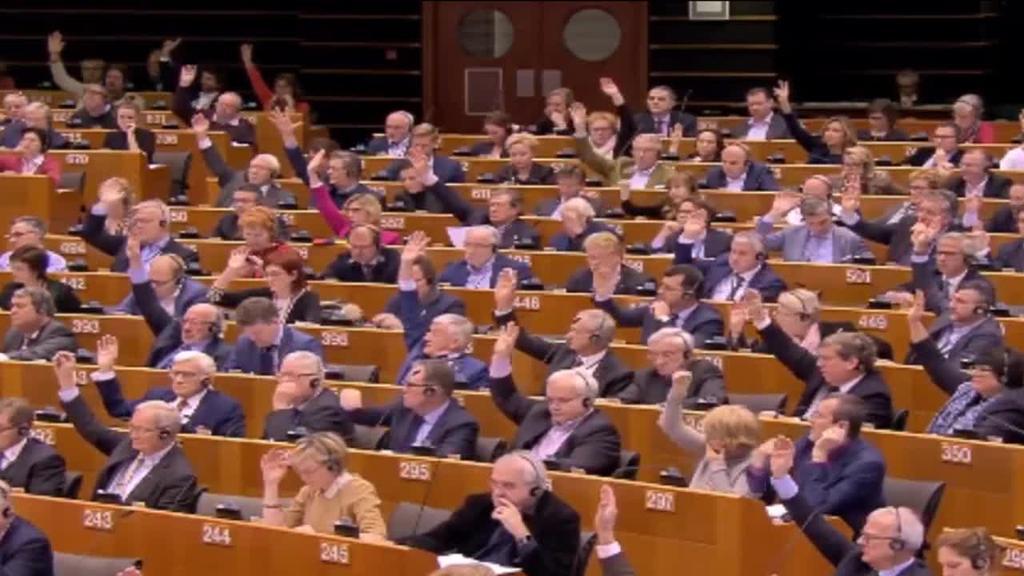 Juan Guaidó Venezuelako presidente gisa aitortu du Europarlamentuak
