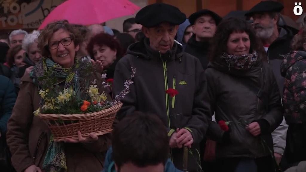 Xabi Rey presoaren urteurrenean prentsaurrekoa antolatu dute Donibane auzoko bizilagunek