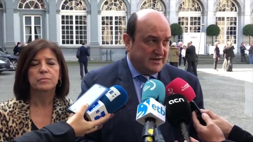 EAJ eta PDeCAT nor bere aldetik aurkeztuko dira Europako Parlamentuko hauteskundeetara