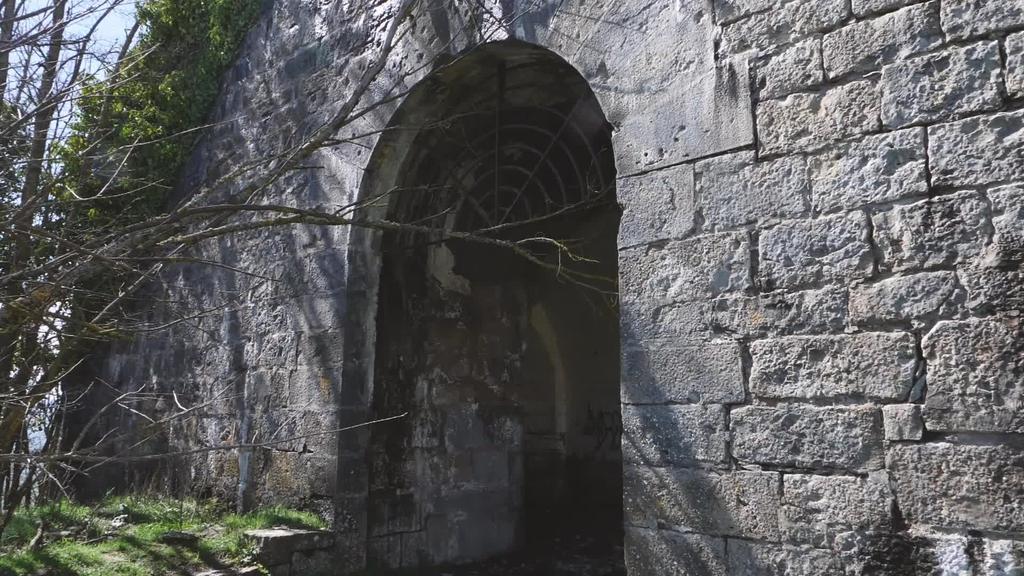 1938ko maiatzaren 22an ehunka presok ihes egin zuten San Cristobal gotorlekutik