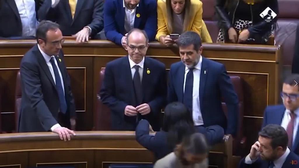 Diputatu izendatutako preso politiko kataluniarrak kargugabetu ditu Kongresuak