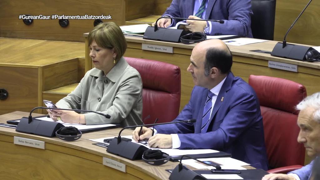 Nafarroako Parlamentuko ohiko batzorde guztiak osatu dituzte