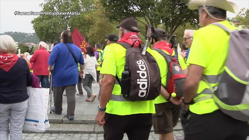 35 pentsiodunek oinez egingo dute Madrilerako bidea