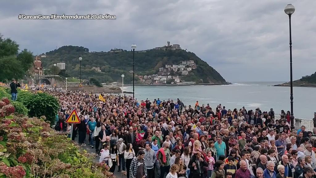 42.000 lagun Donostian, Kataluniari babesa adieraziz