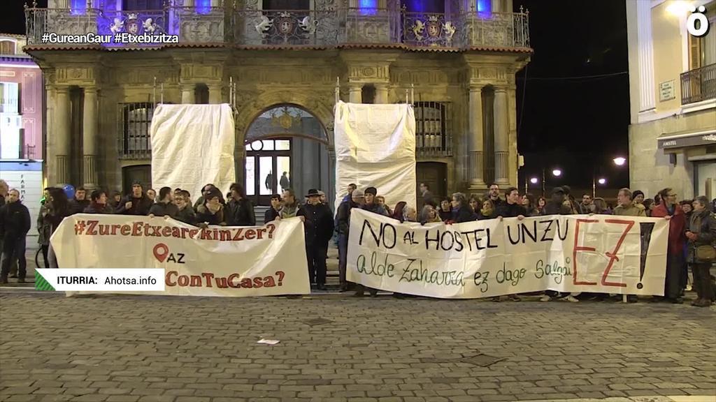 Alokairu turistikoekiko kezka azaldu dute Iruñeko Alde Zaharreko bizilagunek
