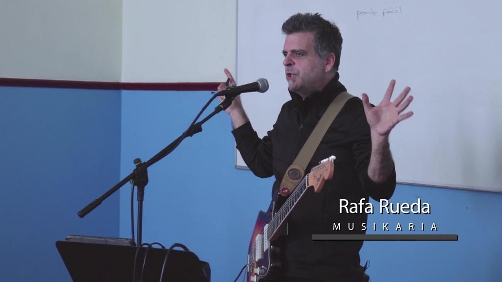 Musikariak ikastetxeetan: Rafa Rueda