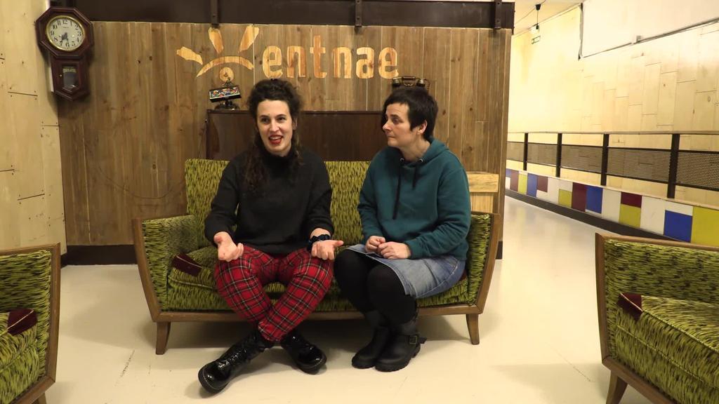 Erradikalak ginen, Bilboko Euskal Museoa, emakume asmatzaileak eta Donostia Antzerki Saria