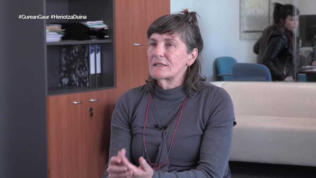 """Marta Barandiaran (Heriotza Duinerako Eskubidea): """"Lege hau oso murriztailea iruditzen zaigu; hala ere, pauso bat da"""""""