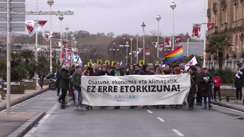 1.500 lagun inguru irten ziren kalera Zubietako erraustegiaren aurkako protestan