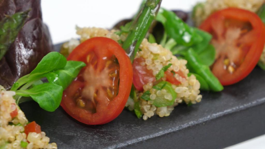 Errezeta beganoa I quinoa entsalada