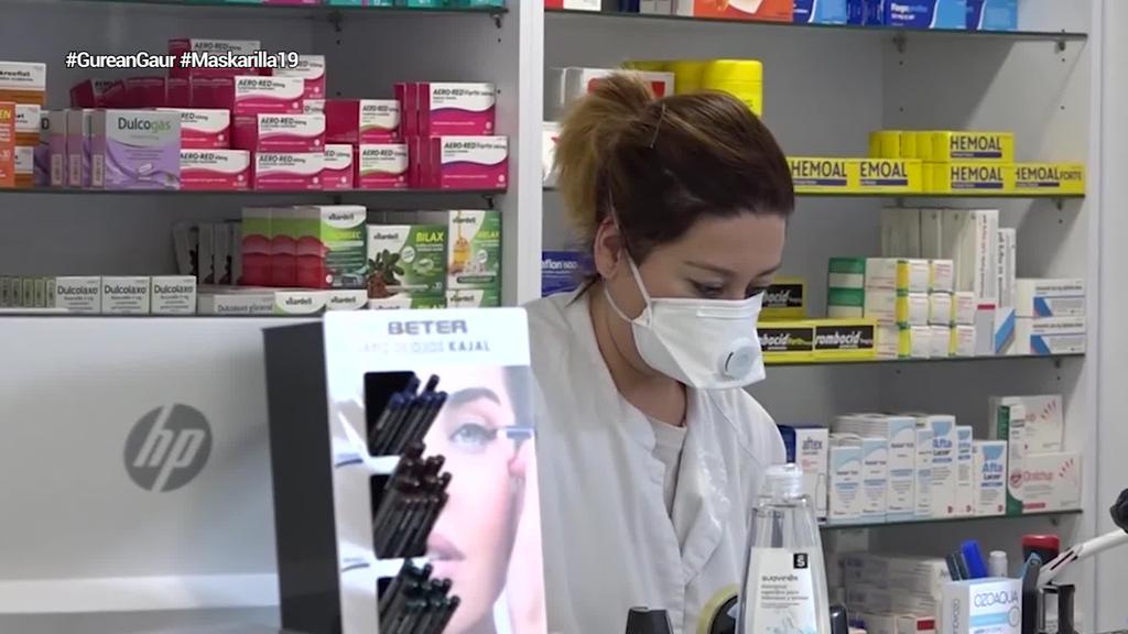 Hego Euskal Herriko farmaziek 'Maskarilla 19' kanpainarekin bat egin dute