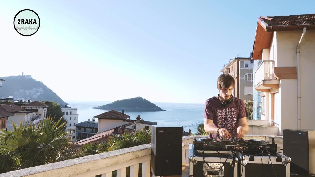 Etxeko sessions | Andoni 2Raka Music eta Lander 2Raka Music