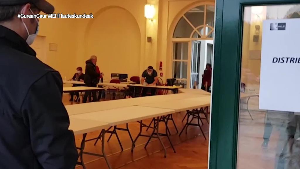 Ipar Euskal Herriko 142 herritan banatu dituzte herriko etxeetako karguak