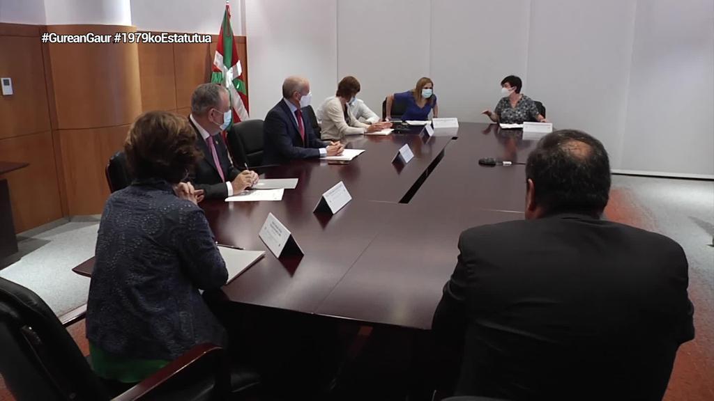 Hiru eskumen utzi ditu Espainiako Gobernuak Jaurlaritzaren esku, hauteskunde kanpaina hasi baino ordu batzuk lehenago