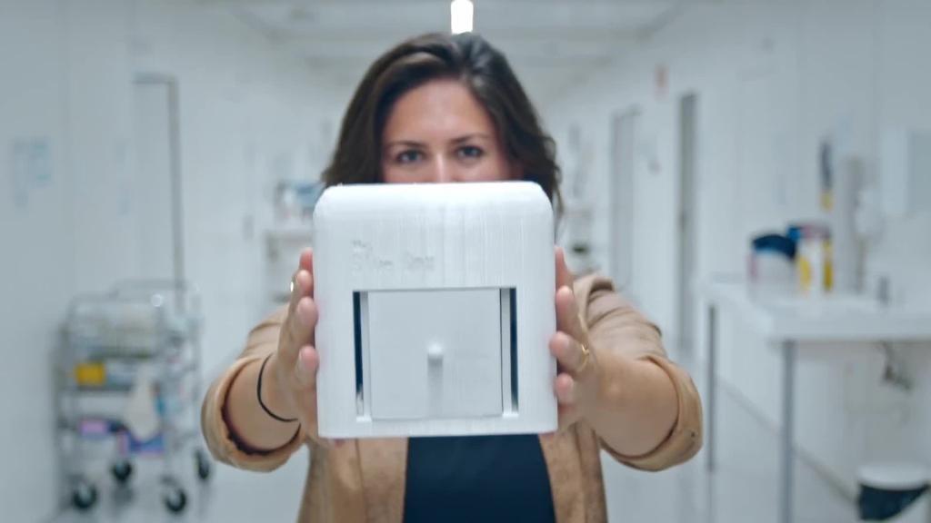 The Blue Box: bularreko minbizia etxean detektatzeko gailua