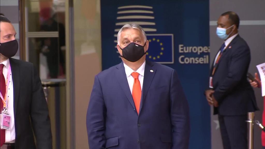 Hungariako LGBTI kolektiboaren aurkako legea gaitzetsi dute Europako hainbat gobernuburuk
