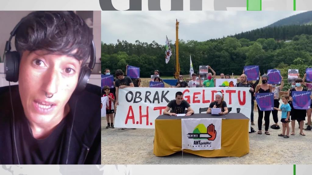 """Itziar Bastarrika: """"85 metroko zutabe bat eraiki nahi dute herri gunetik 100 metrora"""