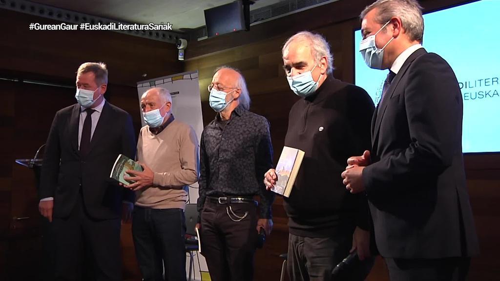 Pello Lizarraldek, Anjel Lertxundik eta Joxan Elosegik eskuratu dute Euskadi sariak